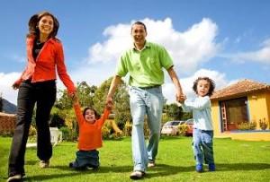 bigstockphoto happy family having fun outdoo 16079781 Copy Optimized 300x203 برای تضمین سلامت خود خانواده تشکل دهید