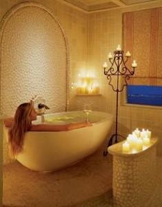 bath1 Copy Optimized 235x300 تناسب اندام خود را با حمام کردن حفظ کنید
