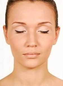 dreamstime Optimized 223x300 نکاتی مهم راجع به جراحی پلک