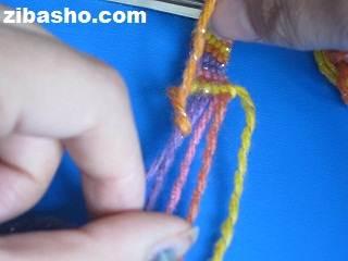IMG 4122 آموزش بافتن دستبند دوستی ساده