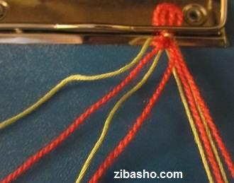 IMG 8627 آموزش بافتن دستبند دوستی با طرح قلب