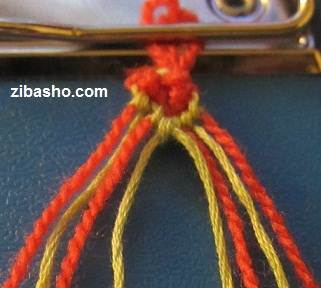 IMG 8635 آموزش بافتن دستبند دوستی با طرح قلب