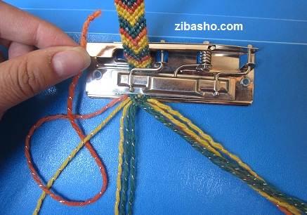 IMG 8854 آموزش بافتن دستبند دوستی طرح هفت