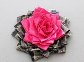 Rosettes 9 ست گل رز با ربان